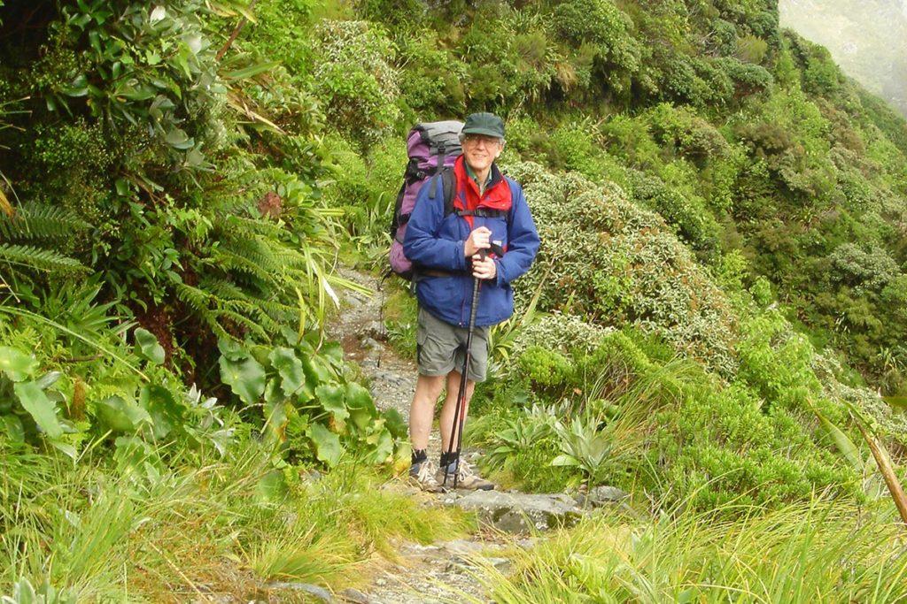 Hiking-PS1200-1-1024x683